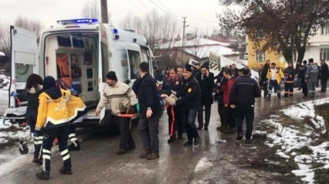 Akyurt'ta trafik kazası 5 yaralı